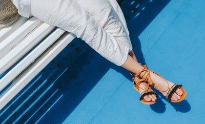 Modische Sandalen für die heißeste Zeit des Jahres